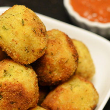 Arancini (Stuffed Rice Balls)